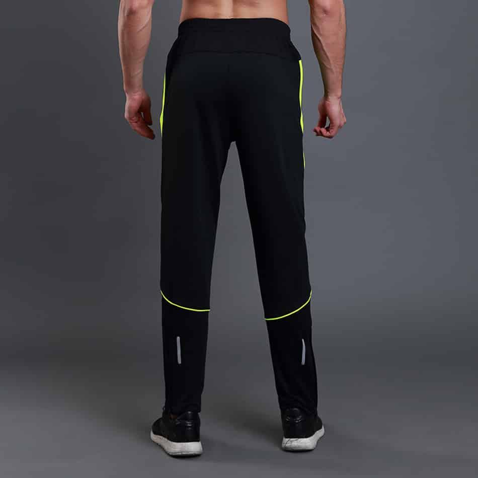 Công ty may đồ thể thao thethaoYES chuyên quần áo thể thao sỉ lẻ với hàng loạt các mẫu mã nổi tiếng và chất lượng công ty may đồ thể thao Ngày nay, đồ thể thao ngày càng được sử dụng một cách thông dụng. Tại bất kì câu lạc bộ dù chuyên nghiệp hay không chuyên nghiệp, dù chính thống hay không chính thống đều có nhu cầu có đồng phục thể dục thể thao. Tuy nhiên để lựa chọn được một đơn vị cung cấp các loại quần áo thể thao vừa đa dạng về mẫu mã vừa chất lượng tốt lại giá rẻ thì không hề dễ dàng. Tuy nhiên, đến với thethaoYES công ty may đồ thể thao chuyên nghiệp bạn sẽ có được những sản phẩm quần áo thể thao đáp ứng được mọi nhu cầu trên của bạn. công ty may đồ thể thao Thông tin về công ty may đồ thể thao thethaoYES Công ty may đồ thể thao thethaoYES là thương hiệu số 1 VN về sản xuất quần áo thể thao, đặc biệt là quần áo bóng đá, tennis... với chất lượng vượt trội và giá cả cạnh tranh. Điểm đặc biệt của sản phẩm thethaoYES là toàn bộ các chi tiết trên quần áo đều được in chuyển nhiệt, giúp các chi tiết có độ màu đẹp, giữ được lâu, giặt ủi thoải mái, không gây cộm, gây ngứa, hư hoặc vỡ như các chi tiết được in dạng kéo dẻo của các sản phẩm quần áo thể thao khác ngoài thị trường. công ty may đồ thể thao Không chỉ vậy các sản phẩm đồ thể thao của thethaoYES rất đa dạng, với mẫu mã của tất cả các môn thể thao để có thể đáp ứng đông đảo lượng khách hàng đa dạng. Mẫu mã sản phẩm quần áo thể thao đa dạng phong phú, chất lượng ngang với hàng ngoại, giá cả ngang với hàng nội. Có thể nói đến với công ty may đồ thể thao thethaoYES là lựa chọn đúng đắn và chính xác. công ty may đồ thể thao Sự chuyên nghiệp trong việc may đồ thể thao của thethaoYES Công ty may đồ thể thao có mẫu của hầu hết những CLB cũng như đội tuyển quốc gia nổi tiếng trên thế giới, ngoài ra đơn vị của chúng tôi cũng có dịch vụ thiết kế mẫu riêng khi khách hàng có yêu cầu. Quá trình sản xuất được giám sát rất kĩ lưỡng với những nguyên liệu đầu vào đều cao cấp và chất lượng và rõ nguồn gốc công ty may đồ thể th