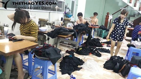 xưởng may quần áo thể thao nam