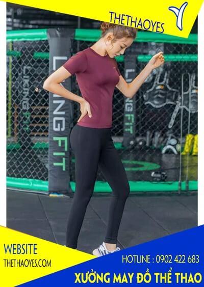đồ tập thể thao nữ cổ tròn