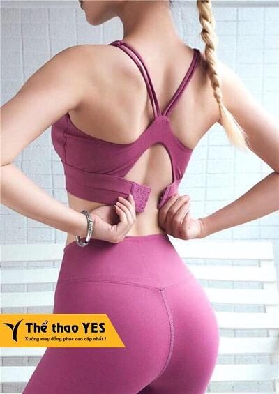quần áo tập gym nữ ngắn