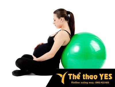 Có nên tập yoga trong thời gian mang bầu ?