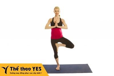 Nên tập yoga trong khi mang bầu