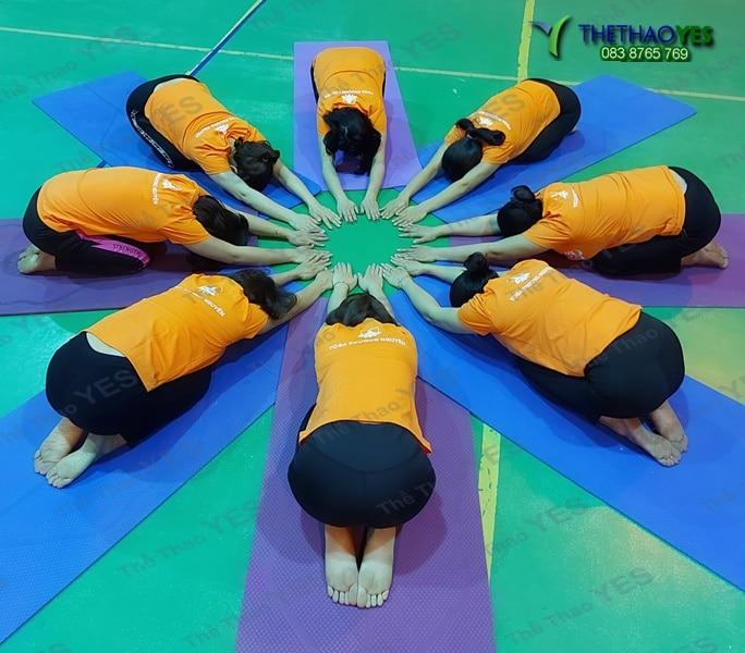 nhận may áo đồng phục yoga