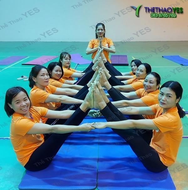 cơ sở may đồng phục yoga